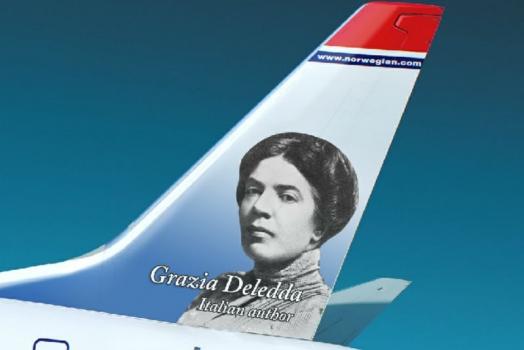 (Italiano) Aereo Norwegian dedicato a Grazia Deledda