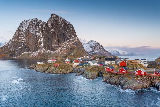 (Italiano) Norvegia: trasferimento di benestanti a Bø, nelle isole Lofoten