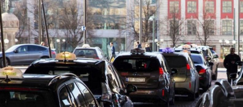 Oslo sarà la prima città al mondo a disporre di stazioni di ricarica wireless per i taxi elettrici