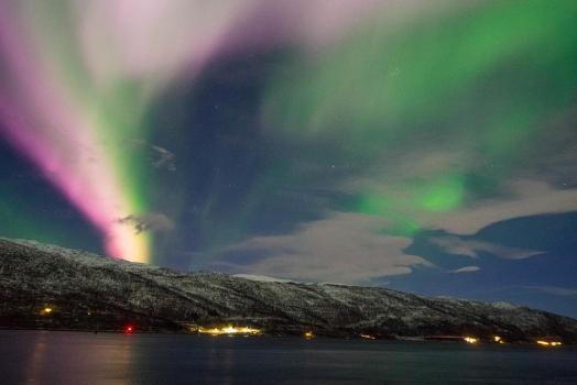 """(Italiano) Tromsø: """"Porta sull'Artico"""" e aurore boreali"""