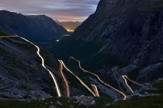 (Italiano) Norvegia: le attrazioni sull'architettura della strada