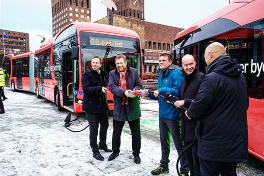 Oslo passa all'elettrico, attivati i primi due autobus